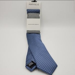 PERRY ELLIS PORTFOLIO NECKTIE & POCKET SQUARE SET